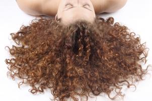 уход за вьющимися волосами